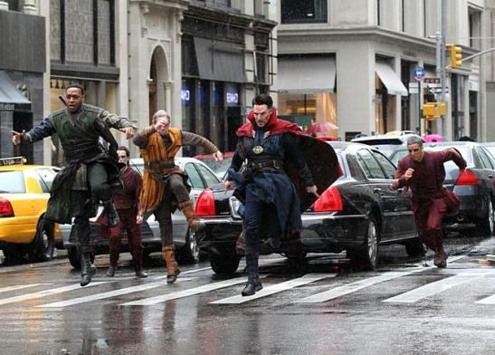 behind-the-scenes-benedict-cumberbatch-films-dr-strange-in-new-york-2